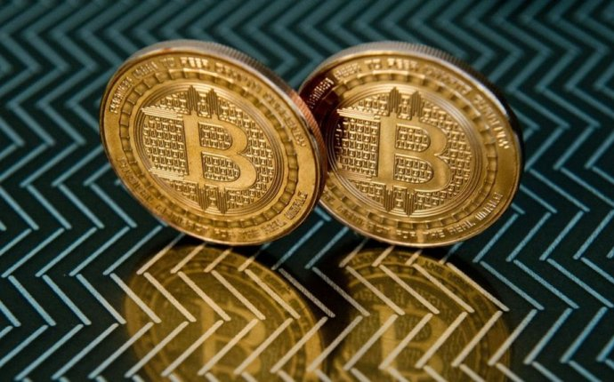 Bitcoin: Is the crypto-currency doomed? - BBC News