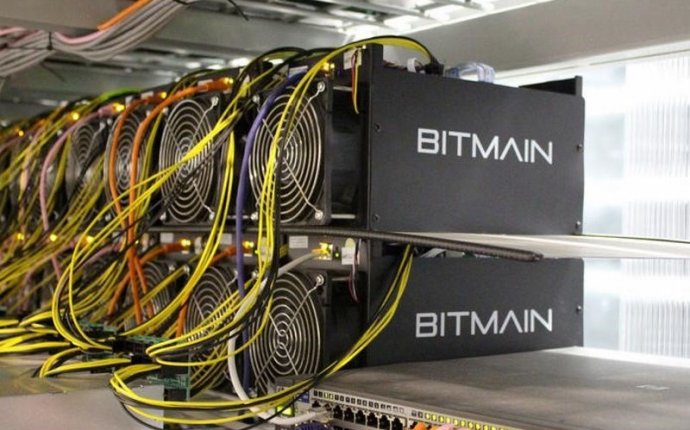 Bitcoin Miners Face Fight for Survival as New Supply Halves